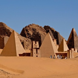 Pyramids of Meroe Mar 2019